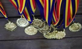 medalii]